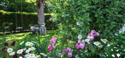 Chatham Gables Inn in Bloom | Cape Cod Spring
